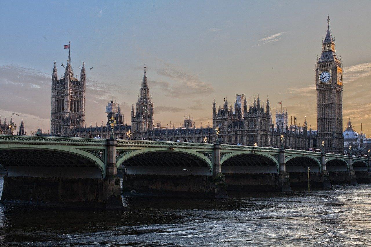 Ubezpieczenie społeczne – rejestracja w UK