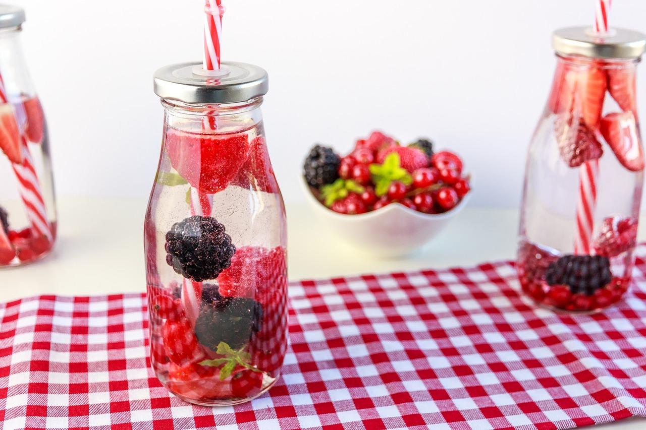 Biodegradowalne słomki do napojów
