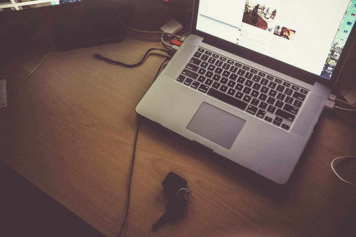 Jak zadbać o dobre pozycje strony firmowej w internetowej wyszukiwarce