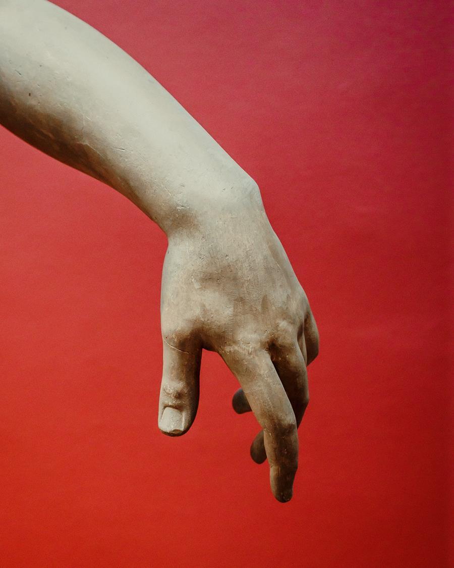 Na twoich dłoniach pojawiły się dziwne brązowe plamy?