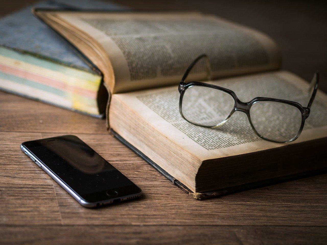 W jaki sposób dobrać odpowiednie okulary do czytania