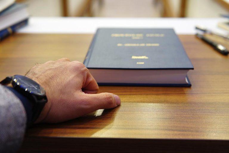 Praca jaką wykonuje notariusz