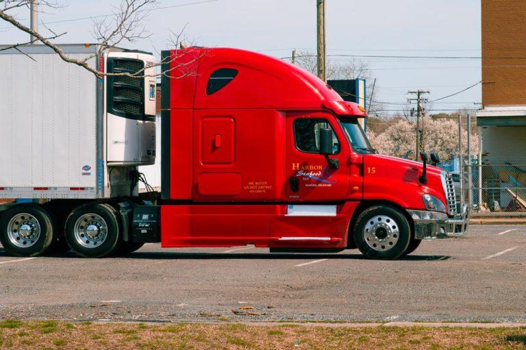 Możliwości wynajmu aut ciężarowych