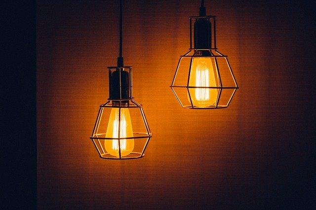 Estetyczne i trwałe oprawy oświetleniowe